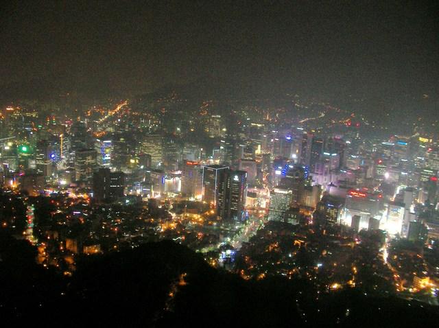 3  タワーから見た夜景(1)